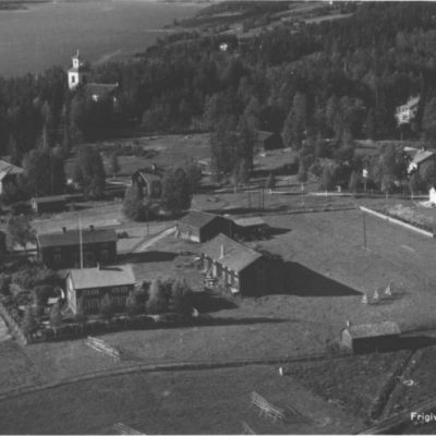 ÖRTRÄSK Vykort 4288 Från 1949 Eric Sedin, Sundåsen, tel. Örnsköldsvik 5744 Ocirkulerat Ägare: Åke Runnman 9x14