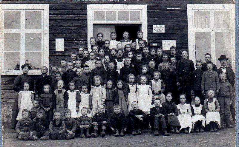 Elever vid Örträsk skola 1906