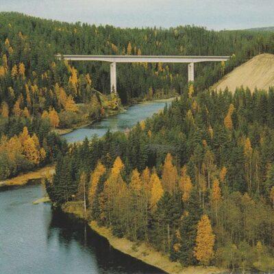 Bjurholm. Bron över Öre älv. Förlag: K. Rune Lundström AB, Skellefteå Julkort 2006 Ägare: Åke Runnman 10x15