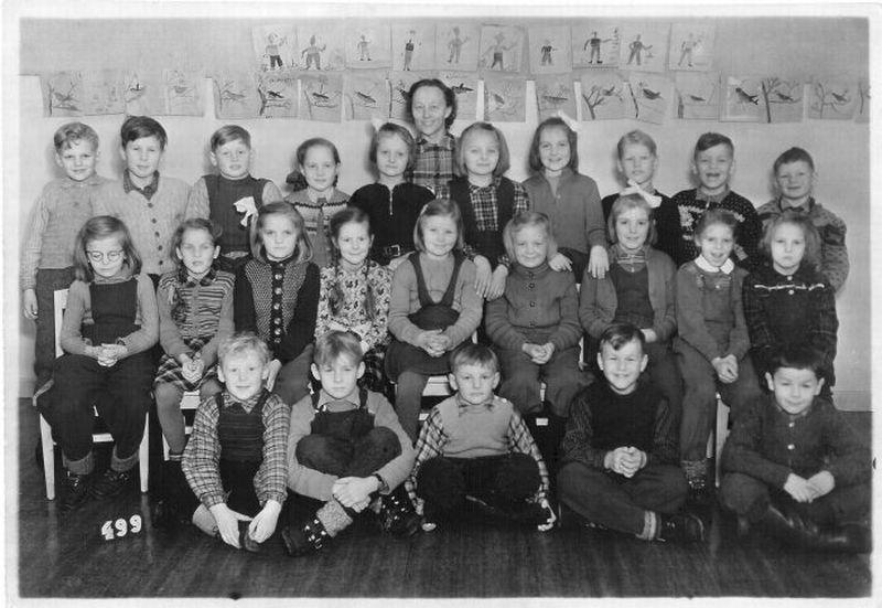 Kortet visar klass 1-2 i Örträsk 1949