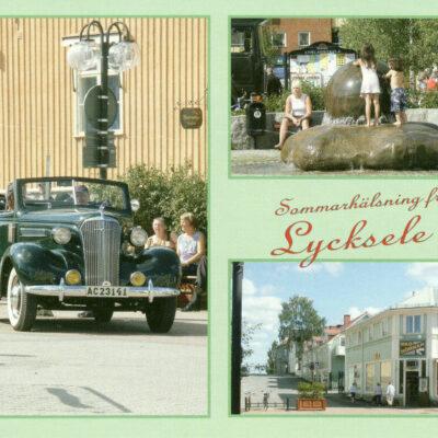 Sommarhälsning från Lycksele Bilder från torget, Lycksele Nya Tryckeriet, Lycksele 2005 Digitalfoto: Knut-Erik Persson, Lycksele Ocirkulerat Ägare: Ivar Söderlind 10x15