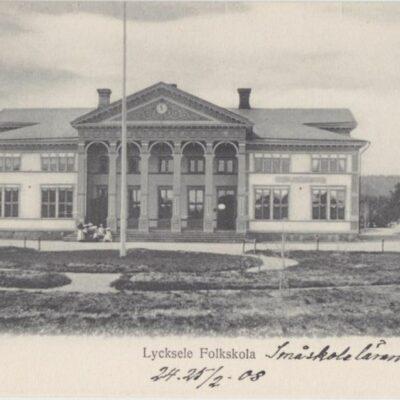 Lycksele Folkskola Ida Lindahls Bokh. Imp. Daterat 24-25/2 1908 Ägare: Åke Runnman 9x14