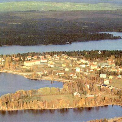 Flygfoto över Fredrika, Viskasjön Ocirkulerat Ägare: Åke Runnman