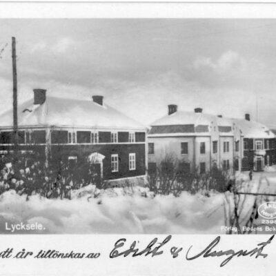Motiv från Lycksele Förlag: Bodéns Bokhandel, Lycksele Poststämplat 24/12 1926 Ägare: Åke Runnman 7x10
