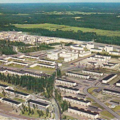 Umeå. Mariehem - den vita stadsdelen Copyright: Sven Hörnell, Riksgränsen, Sweden Poststämplat 5/10 1973 Ägare: Åke Runnman 10x15