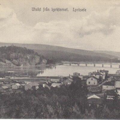 Utsikt från kyrktornet. Lycksele 8083. Ida Lindahls Bokhandel, Lycksele 1908. Imp Poststämplat 20/1 1909 Ägare: Åke Runnman 9x14