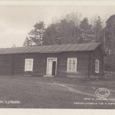 Bång-stugan. Lycksele Foto: E. Hörling, Lycksele Ocirkulerat Ägare: Åke Runnman 9x14