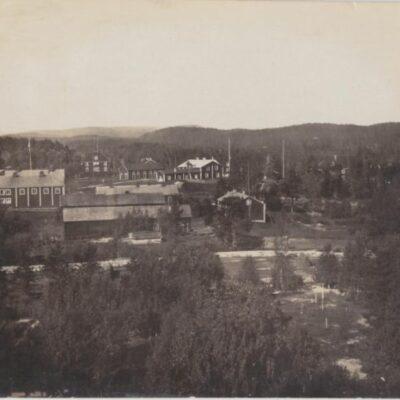 Foto med vykortsbaksida Daterat: Lycksele den 29 oktober 1925 Ocirkulerat Ägare: Åke Runnman 9x14