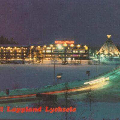 Hotell Lappland, Lycksele, Sweden Copyright: Grönlunds Foto, Skansholm, Vilhelmina Poststämplat 22/11 1993 Ägare: Åke Runnman 10x15