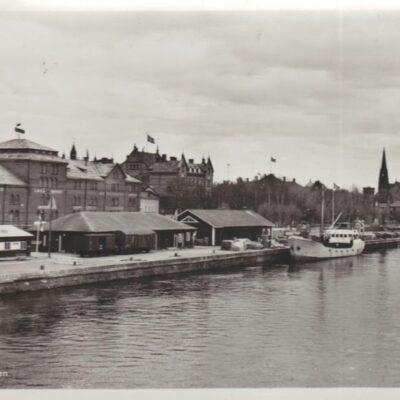 Umeå. Hamnen Poststämplat 26/8 1956 Ägare: Åke Runnman 10x15