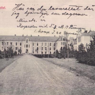 Nya Lasarettet. Umeå Carl Björkmans Pappershandel, Umeå Poststämplat 1913-07-19 Ägare: Åke Runnman 9x14