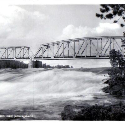 LYCKSELE Hällforsen med järnvägsbron Pressbyrån 603 Poststämplat 4/7 1952 Ägare: Åke Runnman 9x14