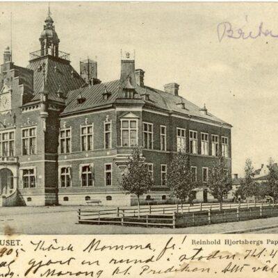 Umeå Rådhuset Poststämplat 18/7 1905 Reinhold Hjortsbergs Pappershandel Ägare: Åke Runnman 9x14