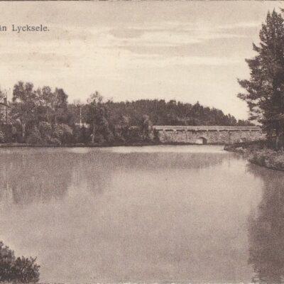 Vy från Lycksele Förlag Gunnar Grahn - Foto J.E. Nahlin Ocirkulerat Ägare: Åke Runnman 9x14