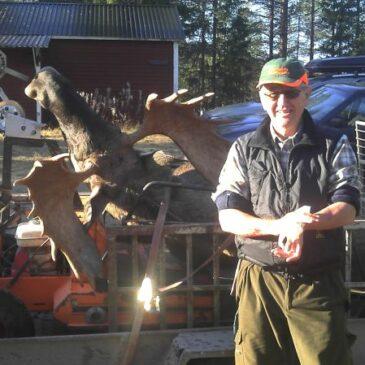 En nöjd älgjägare på Västra Örträsk