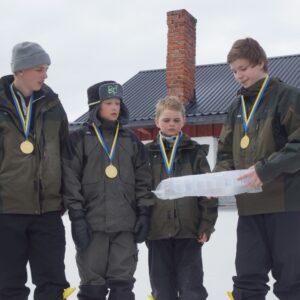 Segrarna i Yngre Herrjuniorer från Västerbotten Billy Bäcklund, Emil Bäcklund, Nils Hedlund, Oskar Wiklund