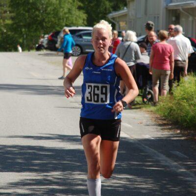 Malin Skoog, IFK Umeå blev tvåa i damklassen på kvartsmaran