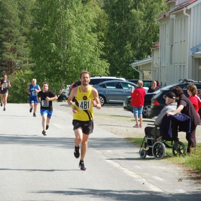Tomas Edström, Jalles TC vid målgång som segrare i herrklassen