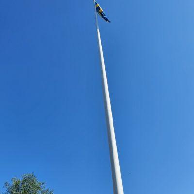 2021-06-06 Flaggan är hissad på nationaldagen! Foto: Linda Öhrman