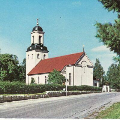 Bjurholms kyrka Foto: C. G. Vincent Förlag: Anderssons Bok & Pappershandel Eftr. Bjurholm Ägare: Åke Runnman 10x15
