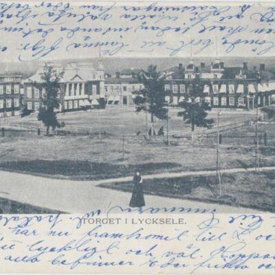 TORGET I LYCKSELE Ida Lindahls Bokhandel Poststämplat 10/5 1902 Ägare: Åke Runnman 9x14