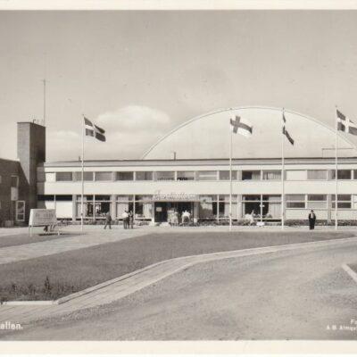 Umeå. Sporthallen Förlag: Fjellströms Pappershandel Eftr.Sven Sandberg, UmeåPostat: 31/3 1960Ägare: Ivar Söderlind9x14