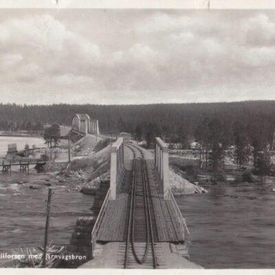 Lycksele, Hällforsen med järnvägsbron Svenska Pressbyrån 604 Poststämplat 15/7 1942 Ägare: Åke Runnman 9x14
