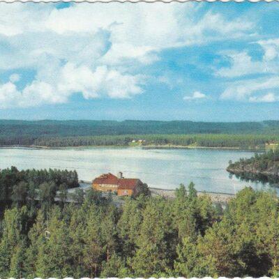 Lycksele. Utsikt över Ume älv Förlag: Bodéns Bokhandel, Lycksele Poststämplat 24/8 1967 Ägare: Åke Runnman 10x15