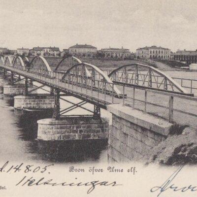 Umeå. Bron öfver Ume elf. H. Glas' Pappershandel Poststämplat 14/8 1905 Ägare: Åke Runnman 9x14