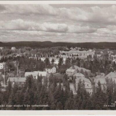 Lycksele. Utsikt över staden från vattentornet Förlag: Lycksele Pappershandel Poststämplat 3/7 ???? Ägare: Åke Runnman 9x14