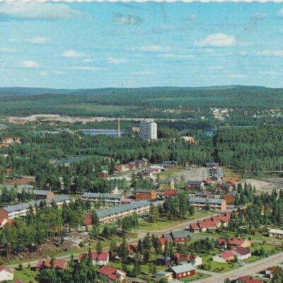 Lycksele Färgfoto: Giovanni Trimboli Poststämplat 19/7 1985 Ägare: Åke Runnman 10x15