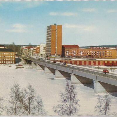 Umeå. Tegsbron Copyright: Sven Hörnell, Riksgränsen, Sweden Poststämplat 1960-02-07 Ägare: Åke Runnman 10x15