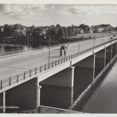 UMEÅ. Bron över Umeälven Pressbyrån 60569 Ocirkulerat Ägare: Åke Runnman 9x14