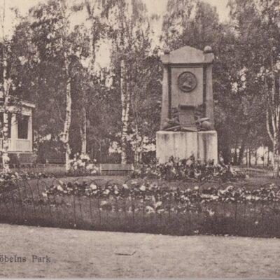 Umeå. Döbelns Park Förlag: E. F. S. Bokhandel, Umeå Poststämplat 1922-01-11 Ägare: Åke Runnman 9x14