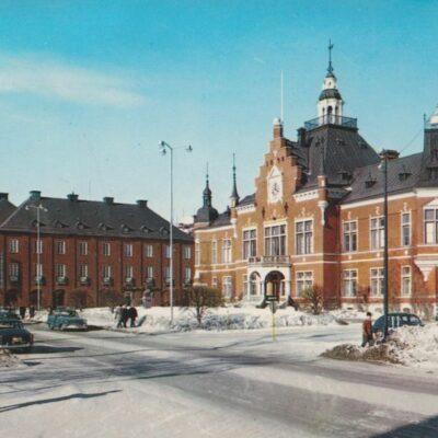 Umeå. Rådhuset Copyright: Sven Hörnell, Riksgränsen, Sweden Poststämplat 1967-12-15 Ägare: Åke Runnman 10x15