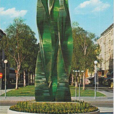 """""""Grön Eld"""" glaskonstverk avtäckt 1970, konstnär V Lindstrand Hallens reklamtryck Poststämplat 1992-04-12 Ägare: Åke Runnman 10x15"""