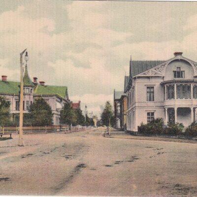 Umeå. Parti af Storgatan Foto: Rud. M. Bardach, Malmö, 1906 Daterat 1911-01-11 Ägare: Åke Runnman 9x14