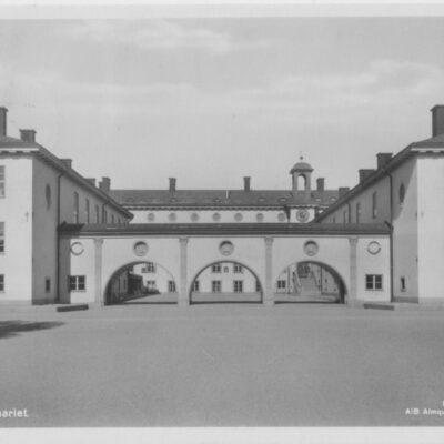 Umeå. Seminariet Förlag: Hedströms Bokhandel, umeå Poststämplat 30/8 1943 Ägare: Åke Runnman 9x14