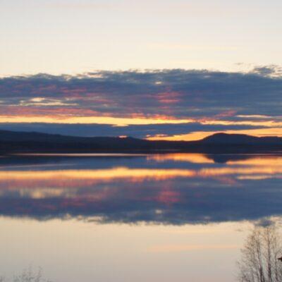 2014-05-17 En kvällsbild tagen från hembygdsområdet. Foto: Åke Runnman
