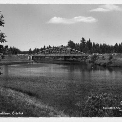 Bron över Öreälven, Örträsk Ensamrätt & Foto: O. Lilljeqvists Konstförlag Ocirkulerat F 553 Ägare: Åke Runnman 9x14