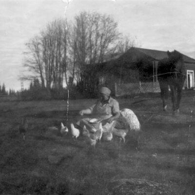 Februari 2016 Frida Strömgren, Ängesåker, ca två kilometer från Rönnliden i riktning mot Örträsk. Frida bodde här med sin man Emil till 1948 då de flyttade till Örträsk.