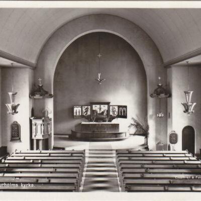 Interiör av Bjurholms kyrka Förlag: Anderssons Bok- & Pappershandel, Bjurholm Ocirkulerat Ägare: Åke Runnman 9x14