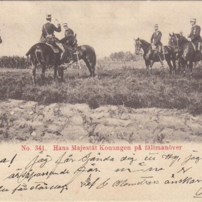 No 341. Hans Majestät Konungen på fältmanöver Poststämlat Bjurholm 1902-01-08 Ägare: Åke Runnman 9x14